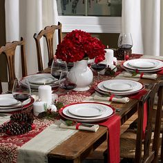 Christmas Dinner Set, Christmas Dining Table, Christmas Tablescapes, Holiday Tables, Thanksgiving Table Settings, Christmas Table Settings, Christmas Place Setting, Country Christmas Decorations, Decoration Table