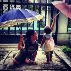 Kids & Umbrella