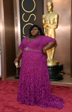 OMDG, it's the Mardi Gras at the Oscars! Seriously, my dear lady, this will not do AT ALL!   Oscars 2014 Red Carpet: All The Dresses At The Academy Awards (PHOTOS, VIDEOS)