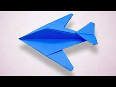 Origami Airplane Like Jet Fighter - Folds Airplane Jet with color paper easily. How to make the best paper airplane - Jet Fighter Aircraft model with paper e. Origami Airplane, Airplane Crafts, Airplane Activities, Bunny Origami, Origami Animals, Best Paper Plane, Juegos Baby Shower Niño, Paper Aircraft, Origami Envelope