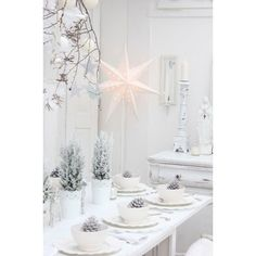 More White Christmas Inspiration ❤ liked on Polyvore featuring backgrounds, christmas, holidays and pictures
