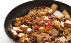 Insalata di farro con tofu grigliato e pomodorini