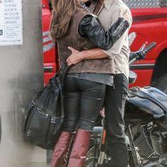 A refilmagem de Nasce uma Estrela ganhou imagens dos bastidores, com Bradley Cooper e Lady Gaga, os dois protagonistas.