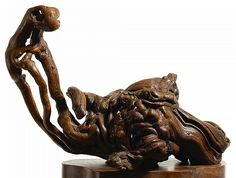 A GROTESQUE ROOT WOOD SCULPTURE,QING DYNASTY|