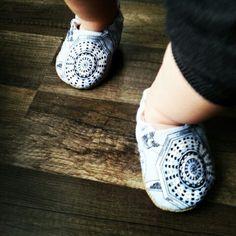 #babyshoes #cribshoes #babydesign #gacki #handmade #sewing #newhobby