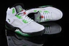 Air Jordan 5 V Retro Shoes White Black Green Stylish Clothes, Stylish Men, Stylish Outfits, Pinterest For Men, Manly Things, Sneaker Games, Air Jordan 5 Retro, Retro Shoes, Air Jordan Shoes