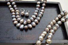 Double Strand Grey Baroque Pearl Necklace Bracelet and Earring set.  #purplelotusjewelry