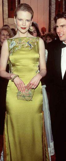 Nicole Kidman in Nina Garcia at the Oscars 1997