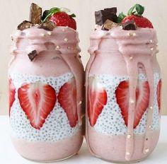 grafika food, strawberry, and chocolate