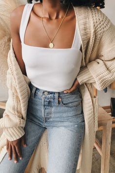 The perfect combo: a white square neck cami and a cozy cardigan. These versatile neutral staples are a must! Not only do they layer perfectly, they also will keep you warm and cozy. #lovelulus