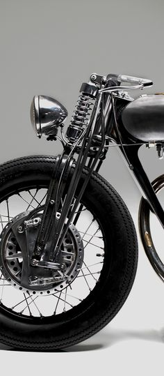 Royal Enfield Bullet 500 - Hazan Motorworks - Pipeburn - Purveyors of Classic Motorcycles, Cafe Racers & Custom motorbikes . Bobber Motorcycle, Cool Motorcycles, Vintage Motorcycles, Bobber Kit, Standard Motorcycles, Enfield Motorcycle, Royal Enfield Bullet, Cafe Racers, Bobbers