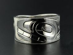 Killer Whale Ring by Gerry Marks: Haida Nation (Indigenous people of British Columbia). Made of Sterling Silver. #Ring #Killer_Whale_Ring #British_Columbia