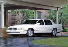 1997 Cadillac DeVille in White Diamond
