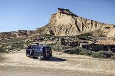 Bardenas Reales #tourisme #campingcar Car Camping Essentials, Camping 101, Hitting Rock Bottom, Car Camper, Weekends Away, France, Image Categories, The Great Outdoors, Monument Valley