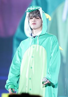 onesies and bangtan are the epitome of my being Park Ji Min, Busan, Jimin Jungkook, Taehyung, Korean Boy Bands, South Korean Boy Band, Foto Bts, Bts Photo, Jikook