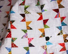 Bunting Quilt Pattern, Modern Quilt, Scrap Quilt, Easy Quilt, PDF, immediate download, Upcycle, Recycle, qtm, bunting flags