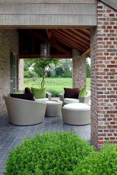 1000 images about terrace on pinterest hanoi terracotta and van - Overdekt terras tegel ...
