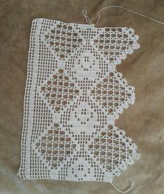"""108 Beğenme, 0 Yorum - Instagram'da GÖNÜLÜN DANTEL DÜNYASI (@gonulun_dantel_dunyasi): """"💓💓SİPARİŞ ALINIR 💓💓 #alıntı  Beğenmeyi ve takip etmeyi unutmayin  Havlu kenarı danteli Mutfak…"""" Filet Crochet, Crochet Doilies, Crochet Stitches, Baby Knitting Patterns, Crochet Patterns, Love Crochet, Crotchet, Diy And Crafts, Shabby Chic"""