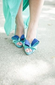 Absolutely love these shoes! Such a great color combination too!