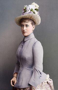 Grand Duchess Elisabeth Feodorovna of Russia (1864-1918)