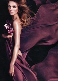 Lady in Plum Natalia Vodianova, Color Borgoña, Plum Color, Calvin Klein Euphoria, Burgundy Wine, All Things Purple, Purple Rain, Shades Of Purple, Female Models