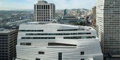 L'agence Snohetta a ajouté au San Francisco Museum of Modern Art (SFMOMA) un bâtiment au style radicalement différent.