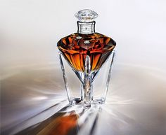 Johnnie Walker whiskey bottle for Queen Elisabeth's diamond jubilee at the throne
