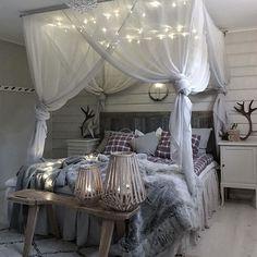 Room Ideas Bedroom, Bedroom Themes, Cozy Bedroom, Girls Bedroom, Bed Room, Rustic Bedroom Design, Romantic Bedroom Decor, Bedroom Designs, Modern Bedroom