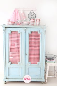 LOVE the aqua with red gingham!