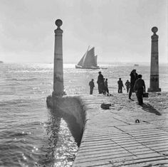 © Artur Pastor Lisbon and river Tejo Old Pictures, Old Photos, Vintage Photos, Beyond Beauty, Thing 1, Vintage Photography, White Photography, Belle Photo, Monuments