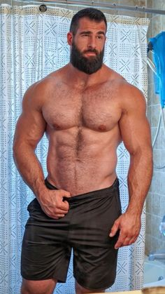 Hot The Effective Pictures We Offer You About hairy chest A quality picture can tell you many things Scruffy Men, Hairy Men, Bearded Men, Handsome Man, Oscar 2017, Hunks Men, Beefy Men, Beach Friends, Muscle Bear
