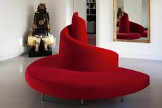 Round sofa / original design / metal / fabric TATLIN by Mario Cananzi & Roberto Semprini edra Deck Furniture, Apartment Furniture, Furniture Styles, Unique Furniture, Furniture Decor, Bedroom Furniture, Furniture Design, Luxury Furniture, Modern Sofa Designs