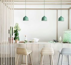 Buy Grain Pendant Lamp from Muuto. The GRAIN PENDANT LAMP has a small grains of bamboo fiber in the lamp provides texture and subtle changes in color an. Minimalist Dining Room, Minimalist Kitchen, Berlin Design, Muuto, Suspension Design, Scandinavian Kitchen, Scandinavian Style, Luminaire Design, Subtle Textures