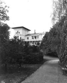 Søndre Skøyen hovedgård, Prinsessealléen 75, 0276 Oslo, Norway (1861/1894 extended/2008 rebuilt and restoration) - by Georg Andreas Bull / Victor Nordan / Falkum-Hansen Design AS http://www.falkumdesign.no