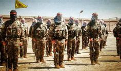 قطر تدير معسكرا سريا بمساعدة أمريكا في الصحراء لتدريب مقاتلين سوريين http://democraticac.de/?p=6999 Qatar runs a secret camp in the desert with the help of America to train Syrian fighters