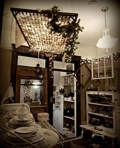 Check out those lights in the mattress springs hanging from the ceiling! could use battery operated lights in booth w/ no elec and crib size springs Old Bed Springs, Mattress Springs, Foam Mattress, Box Springs, Mattress Frame, Crib Spring, Flea Market Booth, Old Beds, Idee Diy