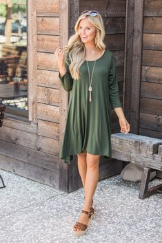 This versatile and sweet dress is simply the best addition to your fall wardrobe! Featuring a soft material in a classic shade of olive green paired with comfortable sleeves, you're going to love rocking this casual look all season long! Fall Dresses, Cute Dresses, Prom Dresses, Cute Fall Outfits, Summer Outfits, Beautiful Blonde Girl, Sweet Dress, Fall Wardrobe, Casual Looks