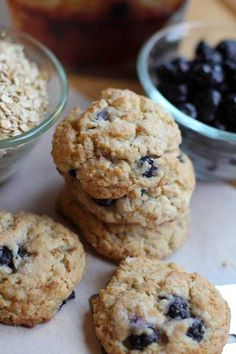 I love blueberry muffins. I almost always keep a box of mix in the pantry. When I saw a few different recipes on pinterest for cookies made from the mix, I decided I needed to give it a try! It's pretty popular to make cookies from a boxed cake mix, so I figured thisContinue Reading