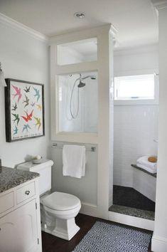 Gorgeous small bathroom shower remodel ideas (47) #bathroomrenovations