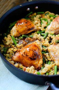 Garlic Chicken & Stuffing w/ Green Beans and Gravy!