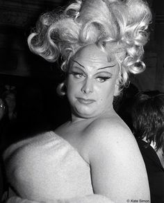 Beautiful unpublished photograph of Divine by Kate Simon (NYC, John Waters Movies, Lindsay Kemp, Pride Week, Star Wars, Female Photographers, Kinds Of People, Celebs, Celebrities, Big Hair