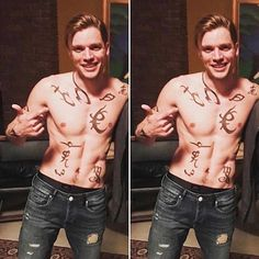 dominic sherwood as jace herondale Dominic Sherwood Shadowhunters, Shadowhunters Series, Shadowhunters The Mortal Instruments, Mortal Instruments Runes, Clary Et Jace, Alec And Jace, Cassandra Clare, Jace Lightwood, City Of Bones