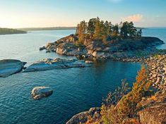 Travel to Russia, Republic of Karelia Surprise Pictures, Environmental Art, View Source, Beautiful Buildings, Fresh Water, Countryside, Natural Beauty, Island, Landscape