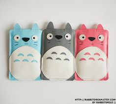 Totoro iPod touch 4/ iPod touch 5 Case / iPod 4th / iPod 5th Cover / Sleeve. $18.00, via Etsy.  #Totoro
