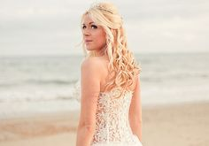 wedding up dos | 25 Sexy Bridal Hairstyles For Long Hair | CreativeFan