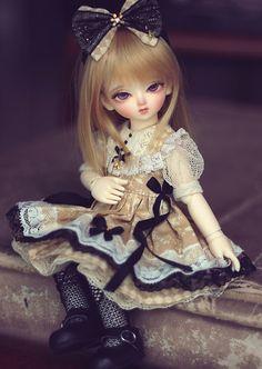 i. the lost sparrow by YuKiX.deviantart.com on @deviantART #bjd #doll