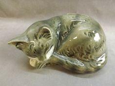 shopgoodwill.com: Goebel Sleeping Cat Figurine, Bank
