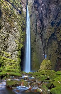 """Canion da Fumacinha, Chapada Diamantina, Bahia, Brazil"" I want to swim under that waterfall Beautiful Waterfalls, Beautiful Landscapes, Places To Travel, Places To See, Wonderful Places, Beautiful Places, Amazing Places, Voyager C'est Vivre, Magic Places"