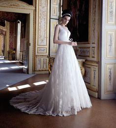 Fotogallery degli abiti da sposa Stefano Blandaleone Le Spose Collezione  2017 0e45a150e3f