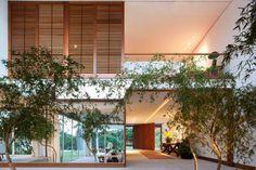 Residência JMC by Bernardes Jacobsen